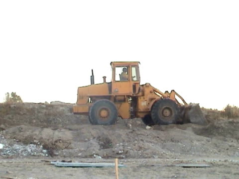 buldozer - bulldozer stock videos and b-roll footage