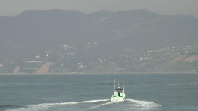 (hd1080i) bumpy boat escape - bumpy stock videos & royalty-free footage