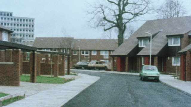 1983 MONTAGE Bungalows in assisted living community / London, England, United Kingdom