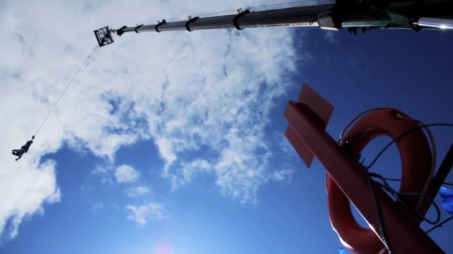 Bungee Jump, Low Angle Shot