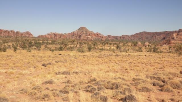 vidéos et rushes de bungle bungle range in western australia - pierre