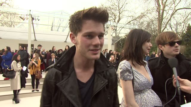 burberry prorsum red carpet arrivals london fashion week autumn/winter 2012 at at kensington gardens on february 20 2012 in london england event... - event capsule stock videos & royalty-free footage