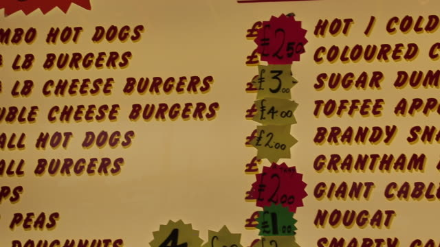 burger and hot dog stall order board, nottingham, nottinghamshire, england, uk - western script stock videos & royalty-free footage