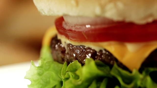 burger - hamburger stock videos & royalty-free footage