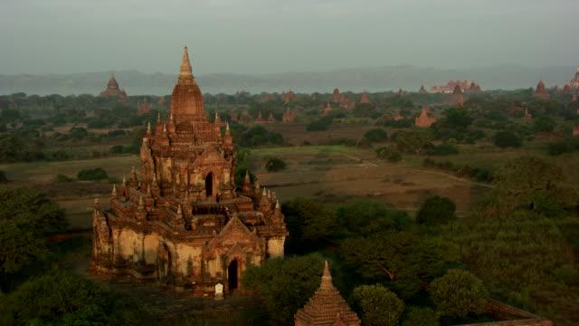 burma-myanmar : ceremony temple - bagan stock videos & royalty-free footage
