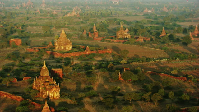 burma-myanmar : little temple in forest - pagode stock videos & royalty-free footage