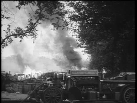 b/w 1932 burning campground of protesting veterans / bonus march / washington dc - 1932 stock-videos und b-roll-filmmaterial