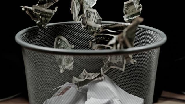 SLO MO Burning money
