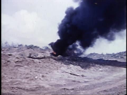 burning tank / iwo jima, japan - battaglia di iwo jima video stock e b–roll