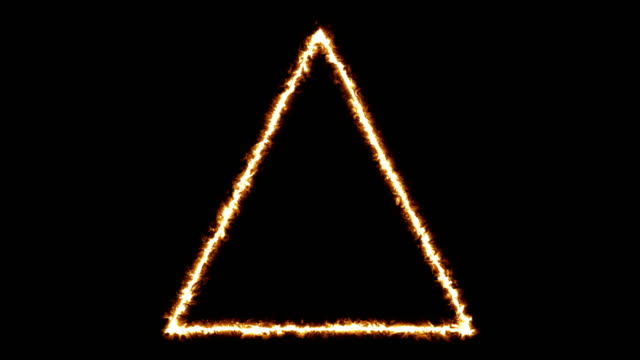 vídeos de stock, filmes e b-roll de queimando trigon+loop+alfa - triângulo formato bidimensional
