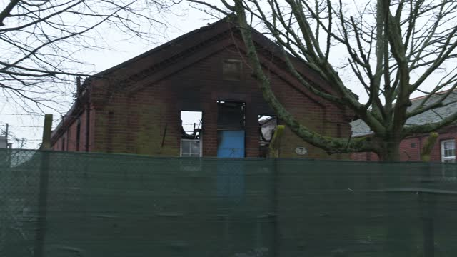 burnt out building at the napier barracks on february 01, 2021 in folkestone, england. napier barracks, part of the disused somerset house sir john... - burnt stock videos & royalty-free footage