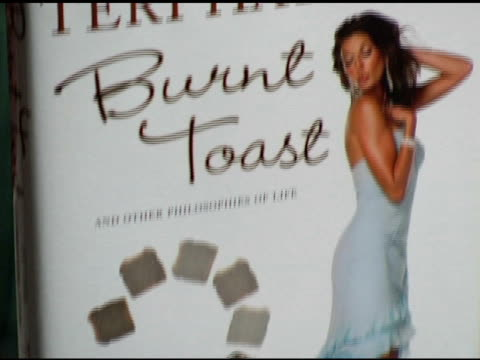 burnt toast - atmosphere at the book signing of 'burnt toast and other philosophies of life' by teri hatcher at book soup in beverly hills,... - teri hatcher stock videos & royalty-free footage