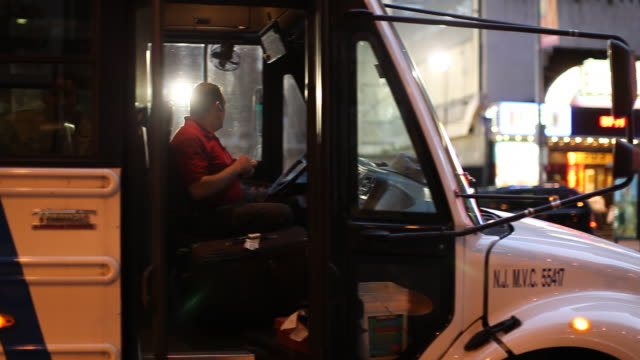 bus driver at night - bus driver stock videos & royalty-free footage