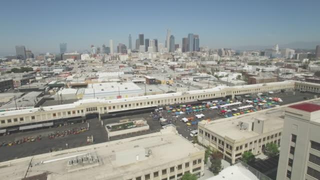 バスたくさんダウンタウン ロサンゼルス