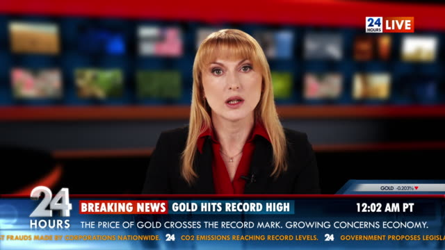 hd: business anchor brings gold market report - trading screen stock videos & royalty-free footage