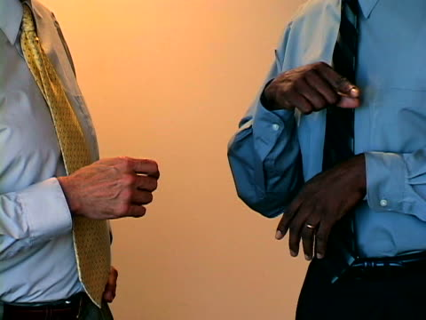 business body language - giacca e cravatta video stock e b–roll