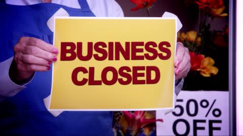 business-fenster geschlossen - arbeitslosigkeit stock-videos und b-roll-filmmaterial