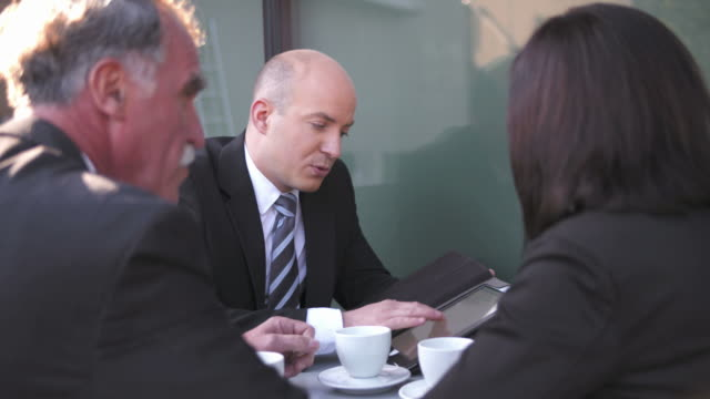 HD: Business Discussion During Coffee Break