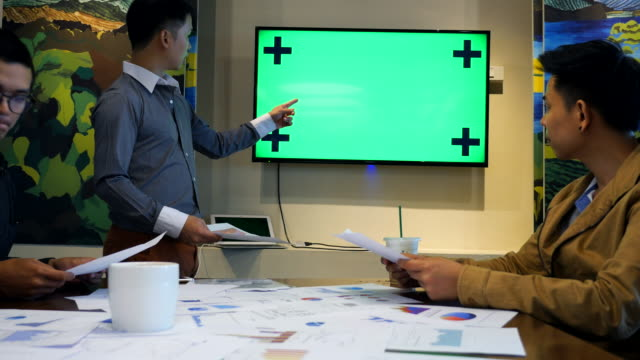 Business Meeting and Presentation,Green screen