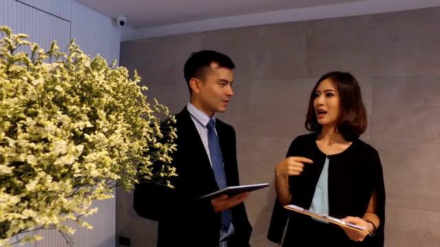 Geschäft Leute Discusssion mit Team für die Planung, brainstorming