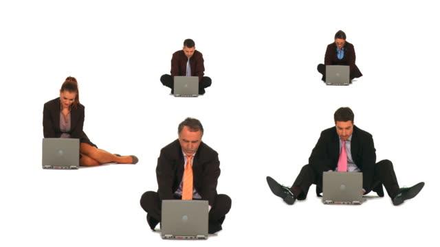 vídeos y material grabado en eventos de stock de hd montaje: gente de negocios con computadoras portátiles - brazo humano
