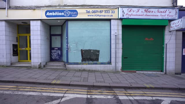 """business property is empty and a """"to let' sign in the window on february 23, 2021 in luton, england. the ons figures released today show that the uk... - high street stock videos & royalty-free footage"""