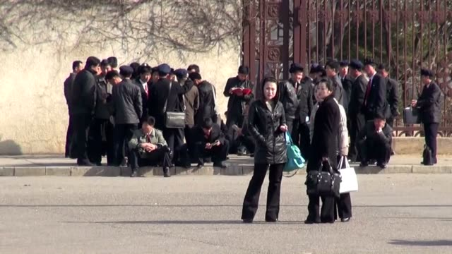 business returned to normal and the atmosphere quietened down in north korea's capital pyongyang on april 19, midway between the late state founder... - trådbuss bildbanksvideor och videomaterial från bakom kulisserna
