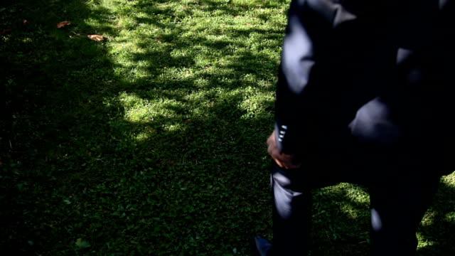 vidéos et rushes de style d'affaires - cravate