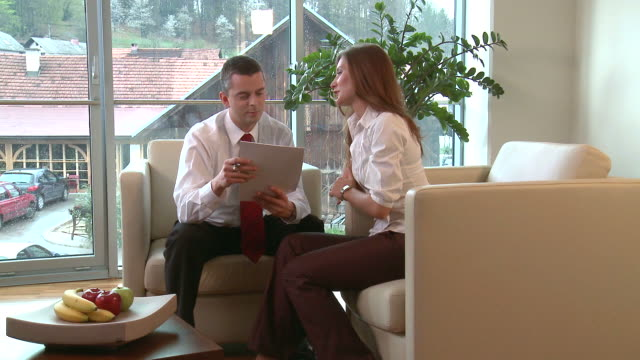vídeos y material grabado en eventos de stock de apk habla de negocios - business talk frase corta