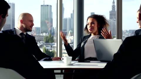 vídeos y material grabado en eventos de stock de el equipo de negocios tener una reunión. - liderazgo