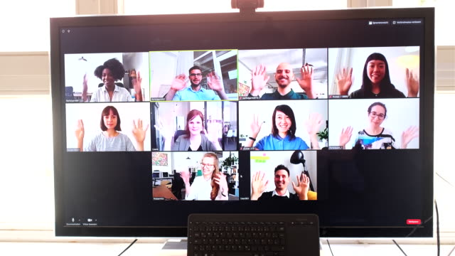 vídeos y material grabado en eventos de stock de equipo de negocios con reunión en línea - evento virtual