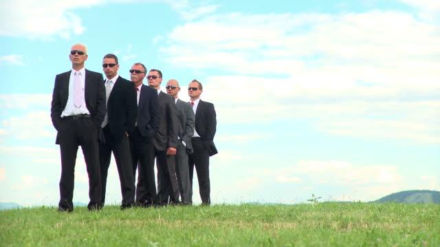 vídeos de stock e filmes b-roll de hd: equipa de negócios - camisa e gravata