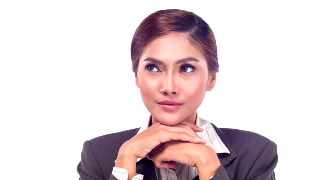 ビジネスの女性探しの距離 - 見渡す点の映像素材/bロール