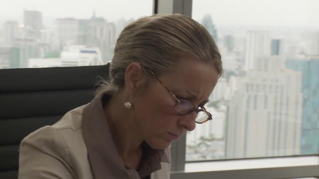 CU PAN Business woman working in office / Bangkok, Thailand