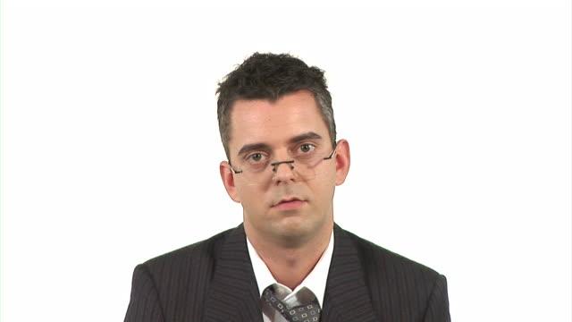 vidéos et rushes de hd : homme d'affaires qui l'ai de - cravate