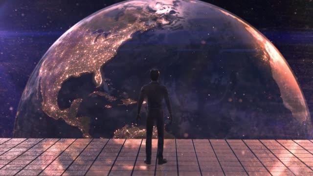 ビジネスマンは滞在し、テラは、国で何が起こっているかを見て、将来を計画する宇宙を行います。 - 宇宙船点の映像素材/bロール