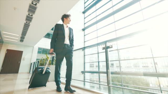 旅行の実業家。 - ビジネスマン点の映像素材/bロール