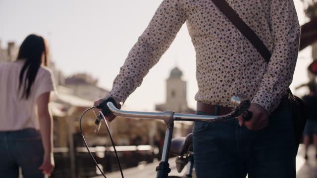 vídeos y material grabado en eventos de stock de businessman with bicycle/ rzeszow/ poland - bicicleta