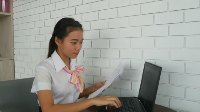 businesswoman using computer for video conference - media training stock videos and b-roll footage