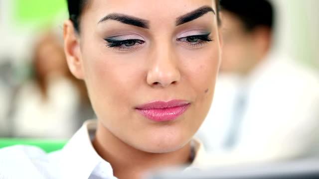 businesswoman using digital tablet - formal businesswear stock videos & royalty-free footage