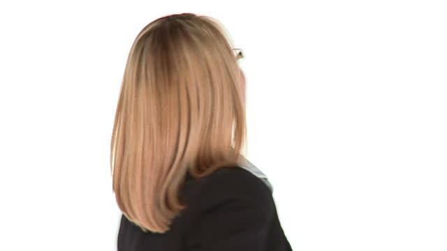hd-slow-motion: geschäftsfrau - dominanz stock-videos und b-roll-filmmaterial