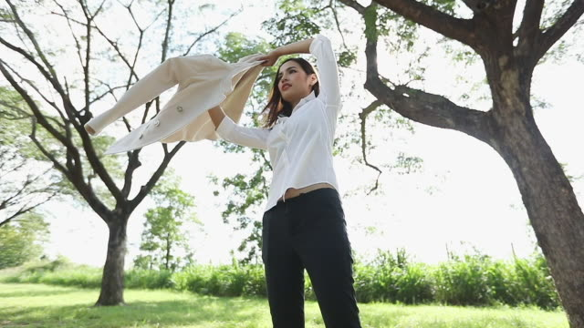 businesswoman wearing a suit,slow motion - door to door salesperson stock videos & royalty-free footage