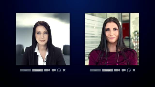 vídeos de stock e filmes b-roll de montagem de hd: businesswomen com vídeo-conferência - webcam