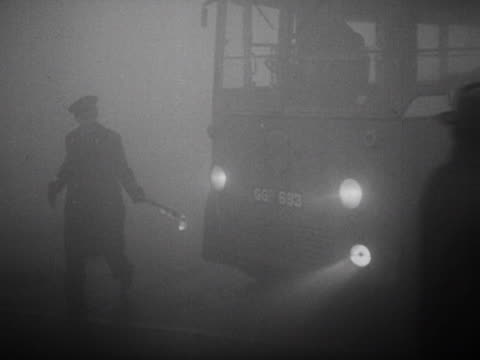 GBR: Dec 5th 1952: The Great Smog of London Begins