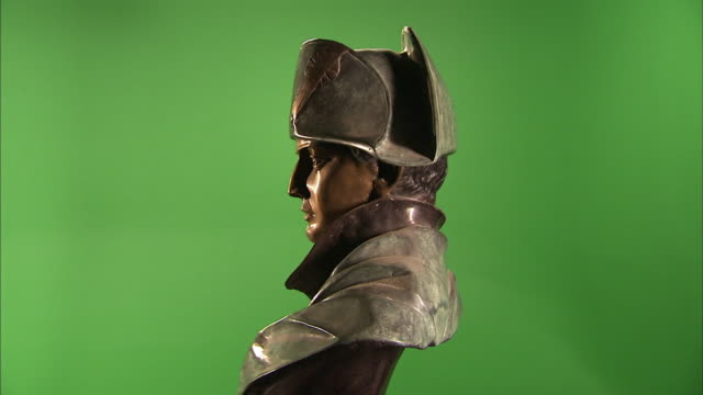A bust of Napoleon Bonaparte rotates against a green screen.
