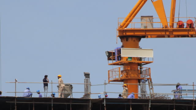T/L WS PAN Busy construction Site at Dubai Creek / Dubai, United Arab Emirates