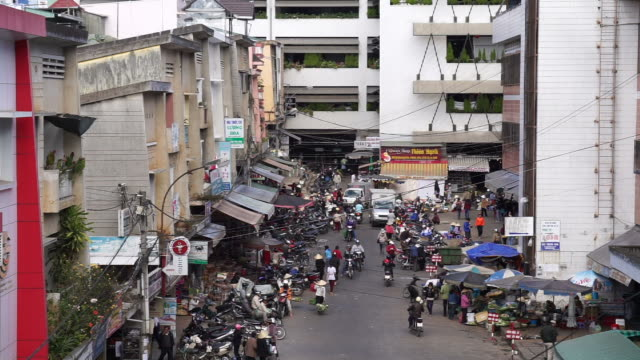 busy market in da lat vietnam - moped stock videos and b-roll footage