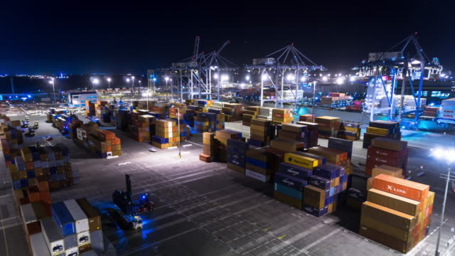 Busy Night in the Port of Long Beach - Time Lapse