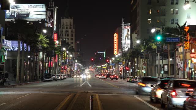 t/l ws busy street at night / los angeles, california, usa - nattliv bildbanksvideor och videomaterial från bakom kulisserna