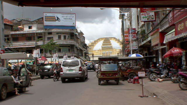ms busy street in phnom penh leading to french market / sihanoukville, cambodia - cambodia stock videos & royalty-free footage